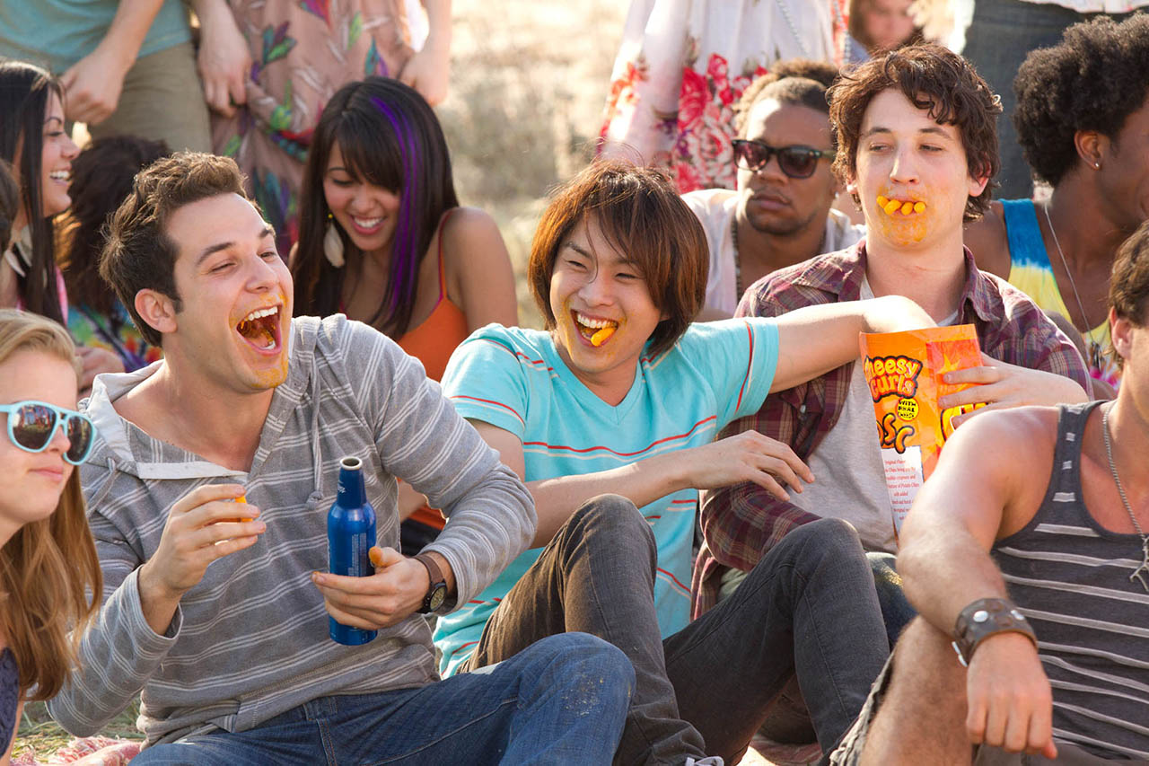 Foto Justin Chon y Skylar Astin en 21 and Over